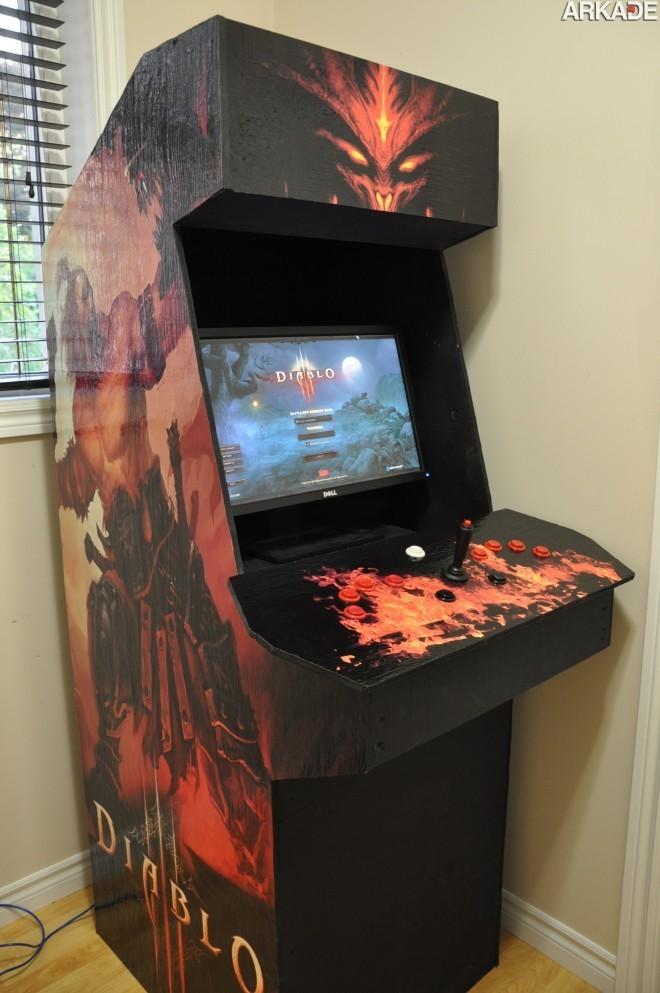 dsc 07441 Que tal jogar Diablo III em um fliperama?