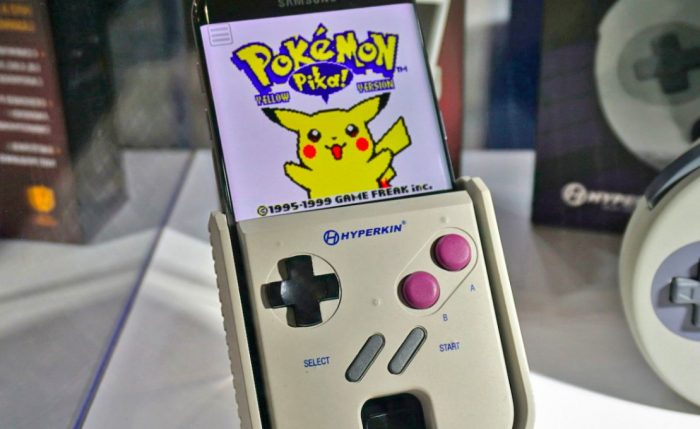 O Smartboy, que transforma seu smartphone em um Game Boy, será lançado neste ano