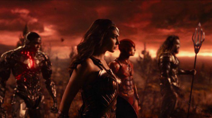 Liga da Justiça oferece ação, bom humor e ótimos heróis em um universo em evolução