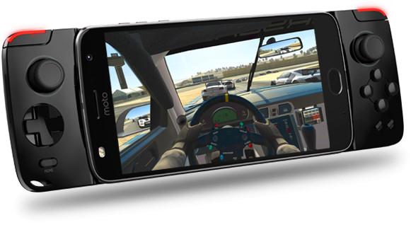 Jogamos com o Moto Snap Gamepad, o controle para games da linha Z da Motorola