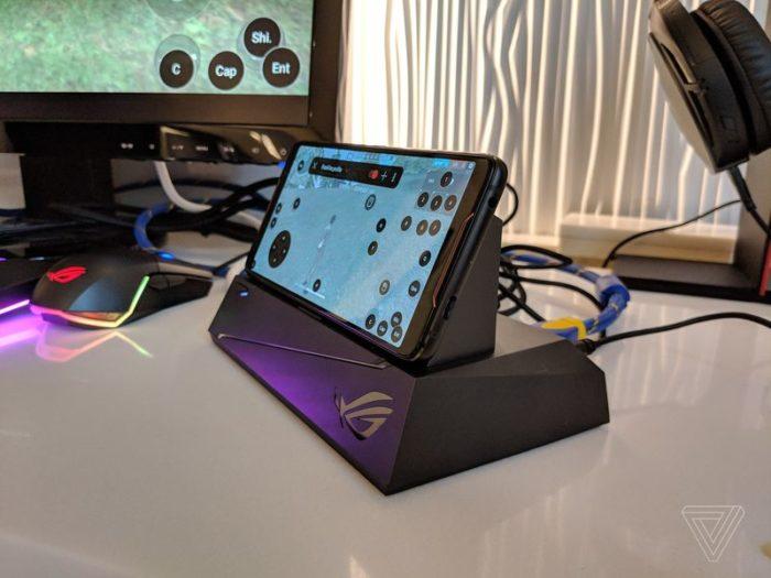 Asus anuncia o ROG Phone, smartphone gamer com configurações extremas e diversos acessórios