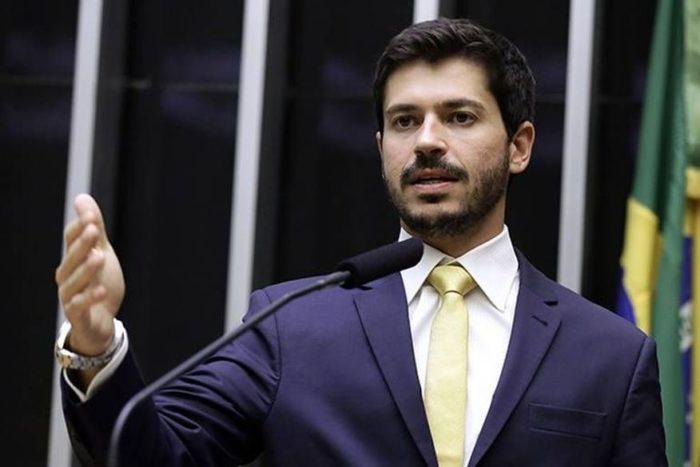 Deputado propõe Projeto de Lei que criminaliza jogos violentos no Brasil