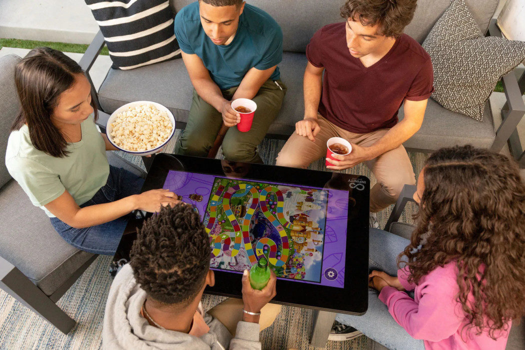 Arcade1Up lança mesa digital para vários jogos de tabuleiro